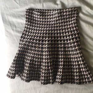 Black and white short skirt/ strapless top